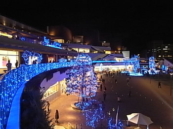 20121117_02_terrace_mall_shonan.JPG