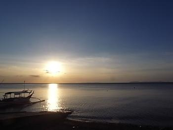 20190430_anilao_sunset.JPG